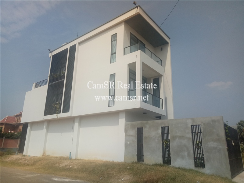 Flat House for Sale in Siem Reap – Sala Komreuk