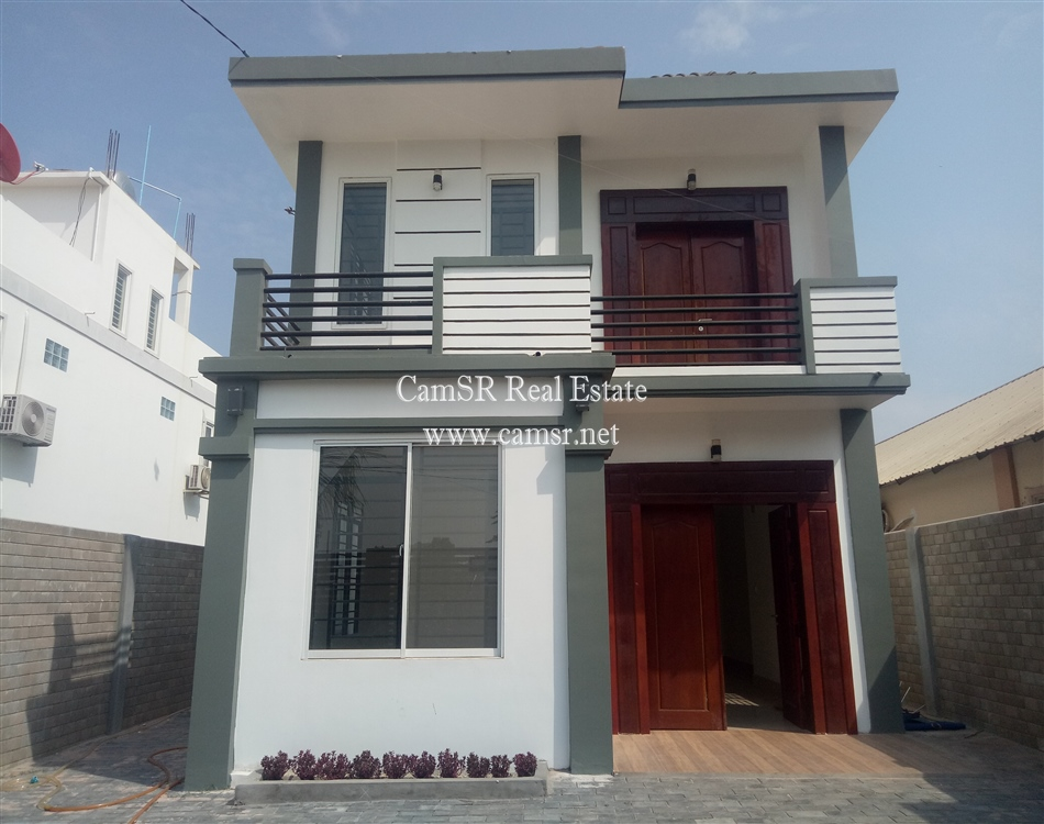 Small Villa For Sale in Siem Reap-Sala Komreuk